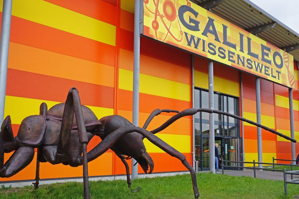 Eingang Galileo Wissenswelt auf Fehmarn
