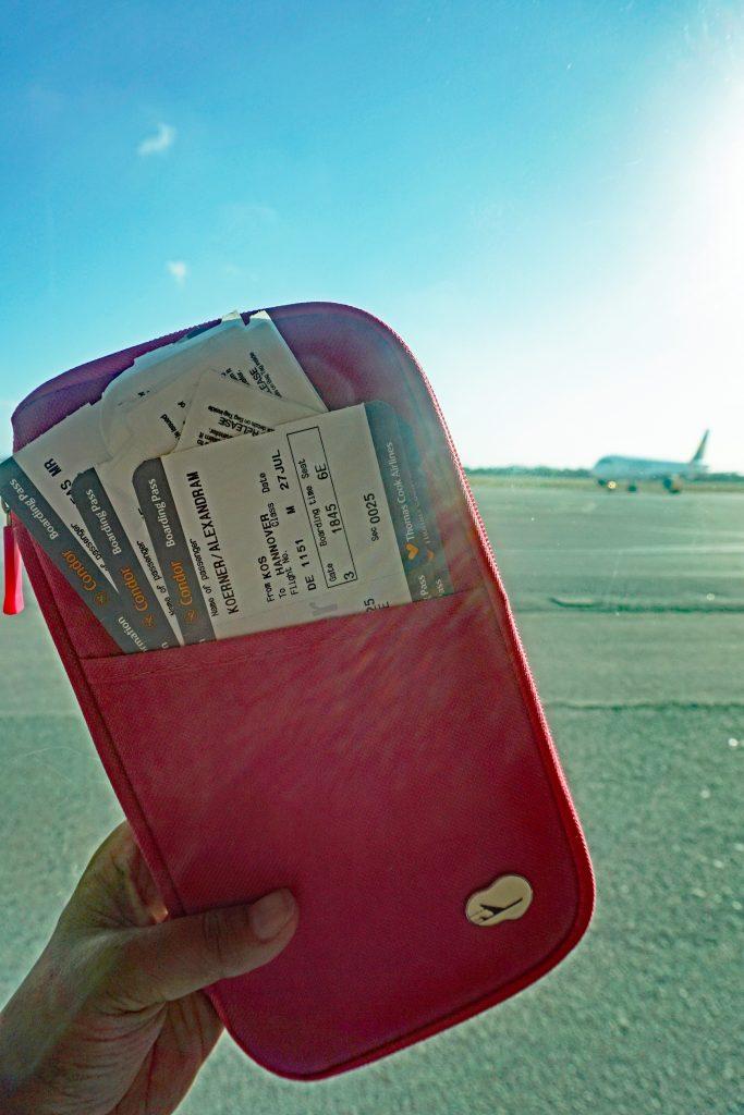 Reiseorganizer mit Boardkarten