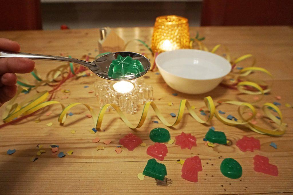 Wachsgießen-Silvester-DIY