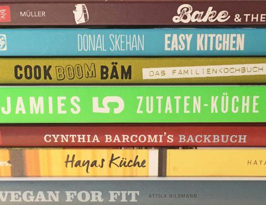 ochbücher-Backbücher-Stapel-