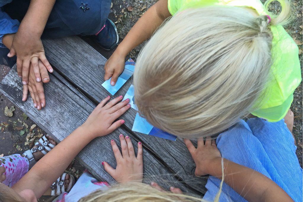Schatzsuche-Kindergeburtstag-Foto-puzzlen