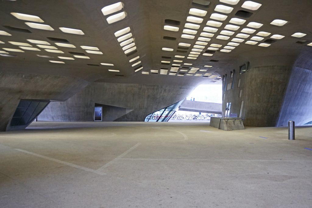 phaeno-tueftelmaeuse-wolfsburg-kinder-gebaeude Architektur