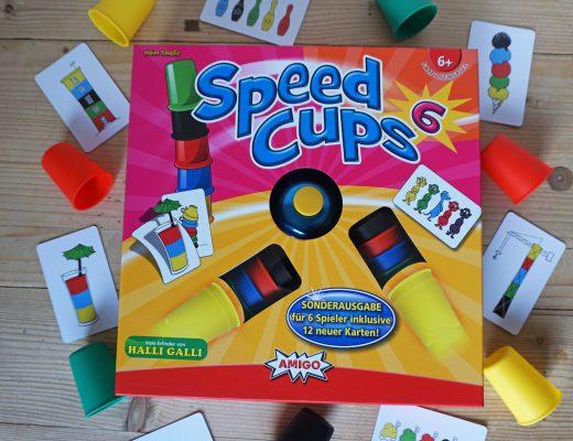 Speed-Cups-6-AMIGO-Familienspiel-Flatlay
