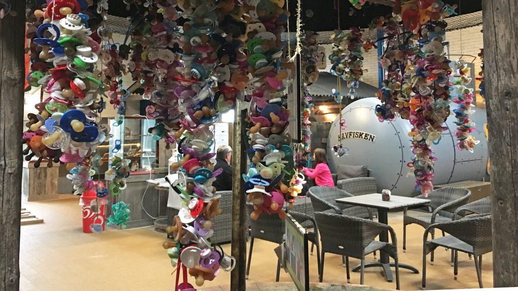 Schnullerbecken-Aquarium-Thyborøn-Daenemark Urlaub Kinder Hund