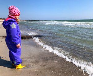 Suedstrand Fehmarn Strand mit Kind