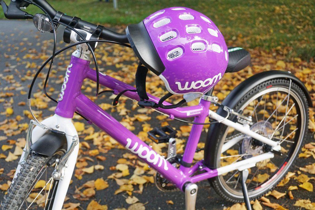 woom Fahrradhelm Kinder lila