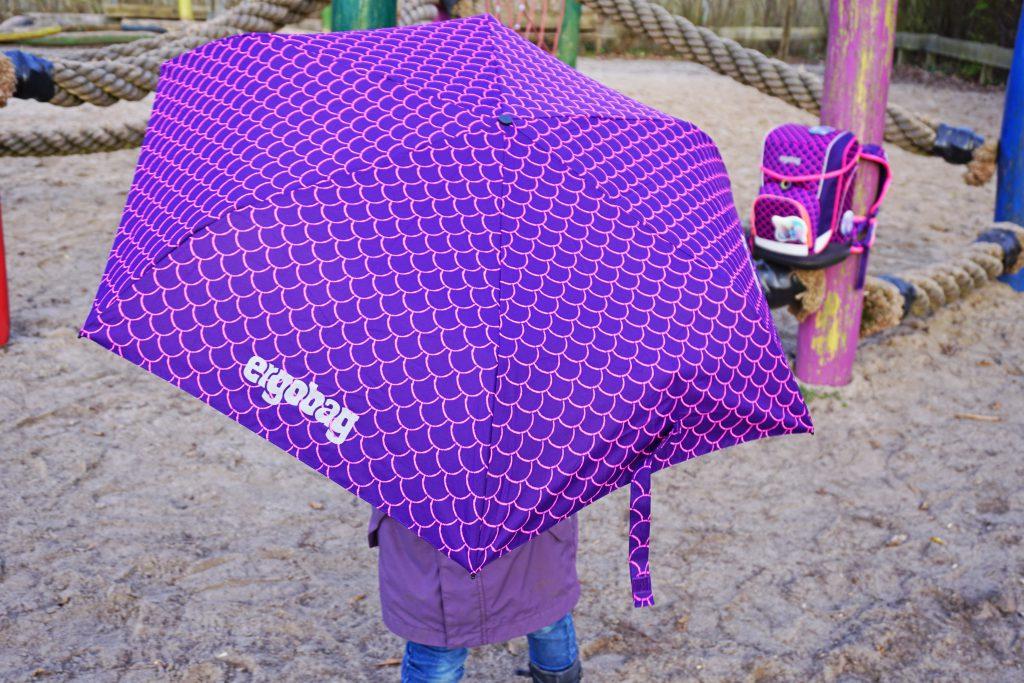 ergobag-Regenschirm-leichter-Schule